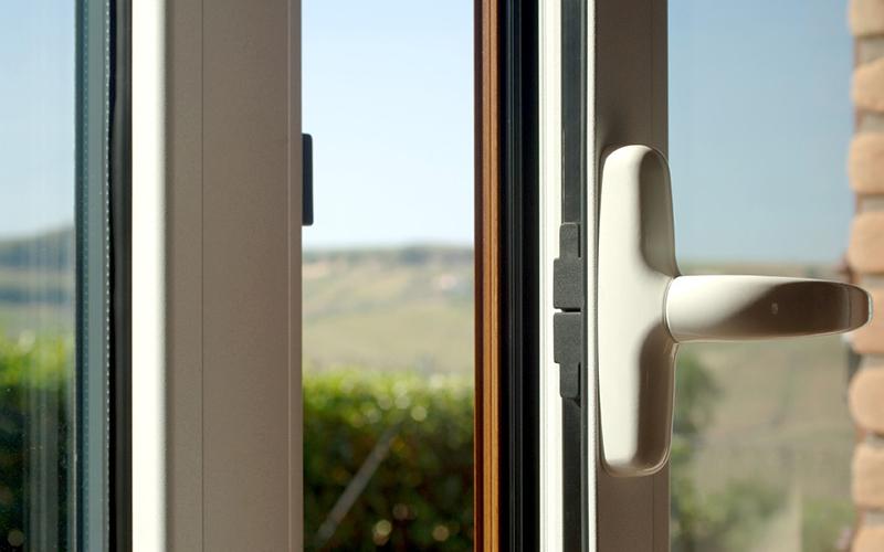 infissi vetro camera risparmio energetico